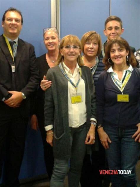 ufficio postale mestre poste italiane un premio per i dipendenti delle poste