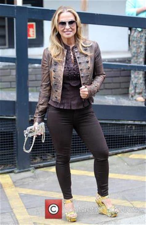 Anastacia Gets On by Anastacia Anastacia Gets Kitchen Tips From Tv Cook