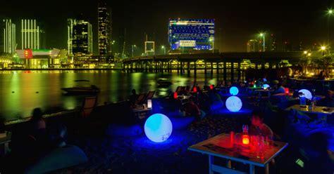 core  glimmering abu dhabi nightlife