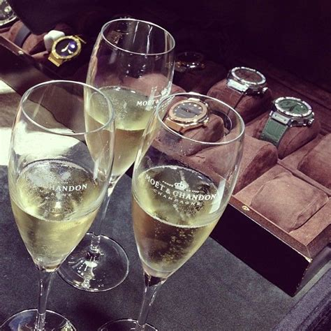 russia instagram blog  luxurious champagne wine