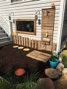 Diy wooden pallets outdoor bathing shower concepts pallets designs