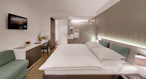 gestaltete badezimmer zimmer thermenhotel stoiser