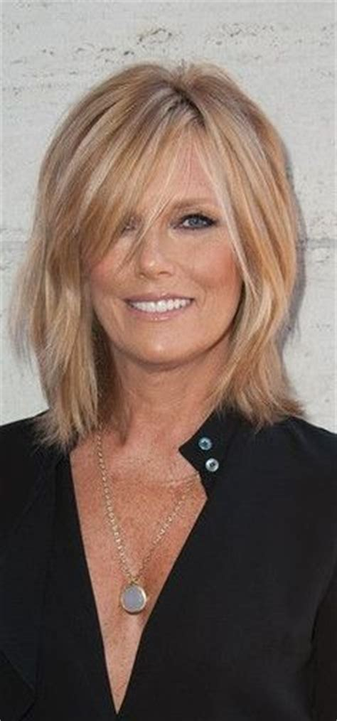 above shoulder shag layered bob with bangs patti hansen medium layered cut patti hansen medium