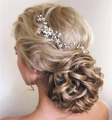 Popular Wedding Hair Styles for Long Hair   Festival