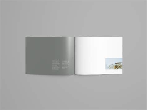 photoshop horizontal layout landscape brochure mockup