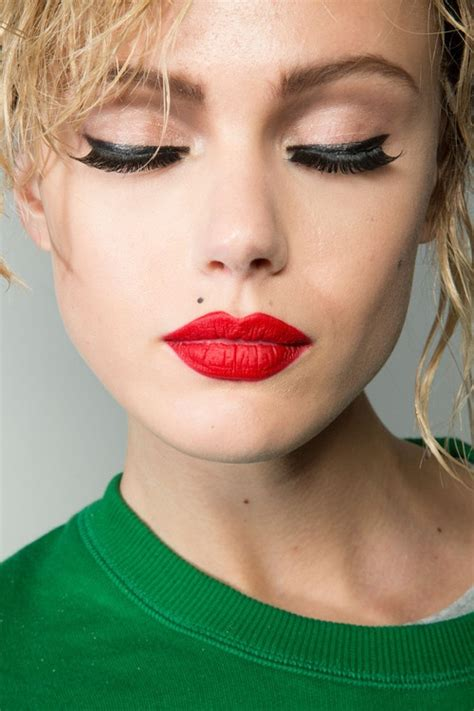 lipstick latest glamour 25 glamorous makeup ideas with red lipstick style motivation