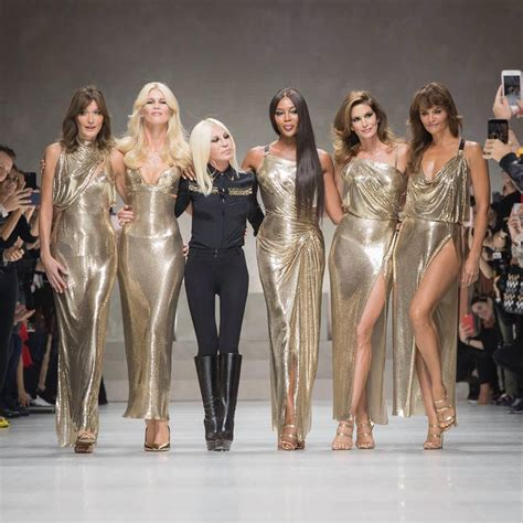 Who Wore Versace Best The Catwalk Model Or Schiffer by Milan Fashion Week Versace 2018 Collection Tom