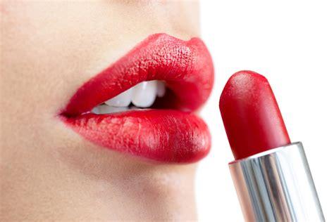 Lipstik Belleza razones para pintar tus labios de rojo mujer