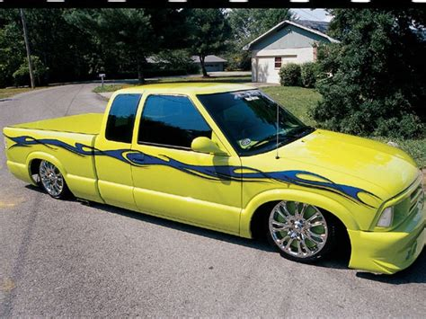 chevy   custom truck mini truckin magazine