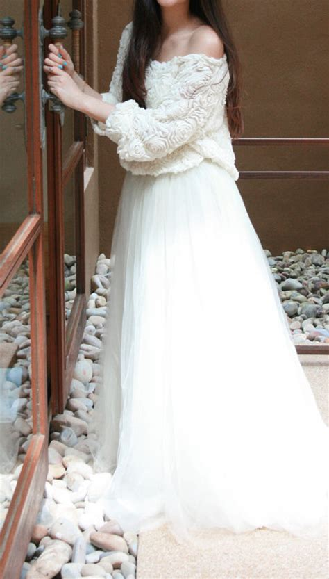 Wedding Dress Jumper by What About Jumper On Wedding Dress For A Change Mellowmayo