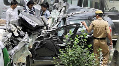 deadly   lives lost  road accidents highest   calendar year india newsthe