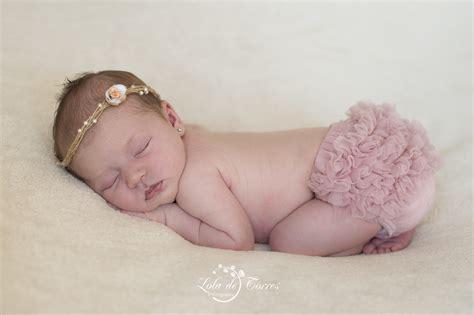 lade studio fotografico lola de torres fotografia de bebes recien nacidos
