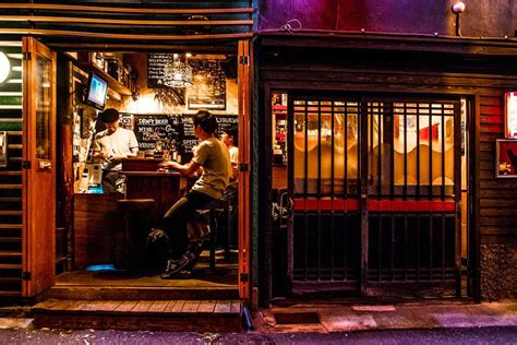Tiny Bar The Tiny Bars Of Tokyo S Drunkards Alley No Destinations