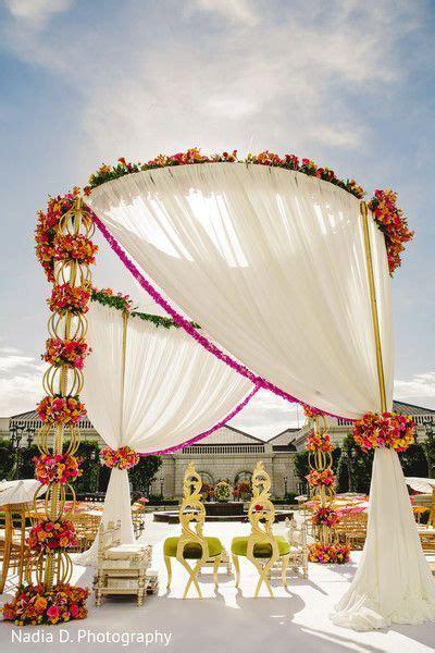 8 Marvelous Outdoor Mandaps! in 2019   wedding ceremony