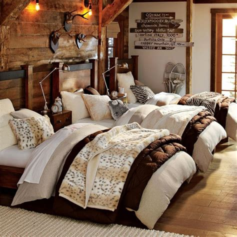 winter bedroom decorating ideas 12 photos the home touches - Winter Bedroom Decorating Ideas