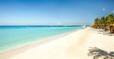 Couples Swept Away, Negril, Jamaica's amazing 7 mile beach