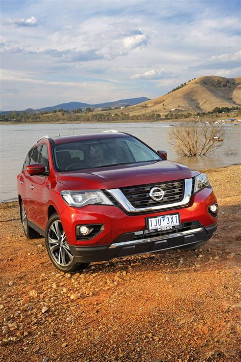 nissan pathfinder hybrid 2017 2017 nissan pathfinder steps up with more power and