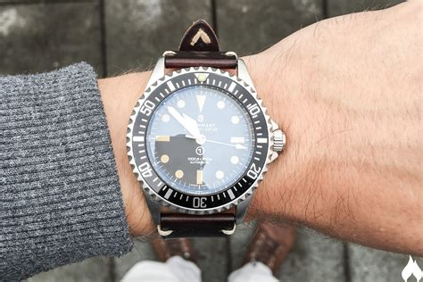 Red Room by Steinhart Ocean 1 Vintage Military Review Watch Reviews