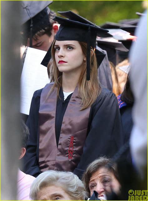 emma watson college major main อ าน emma watson ในช ดคร ย จบแล น brown university