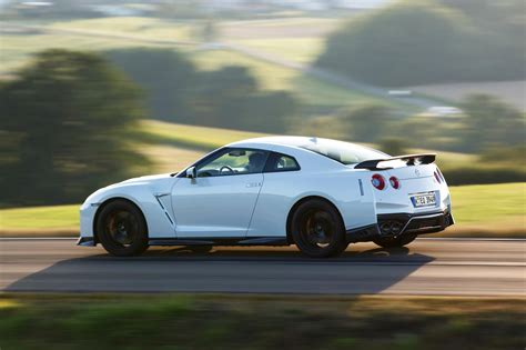 jeep sports car and used nissan gt r prices photos reviews specs