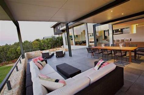 Back Yard Kitchen Ideas by Jardines Y Patios De Casas Gigantes Mi Sitio