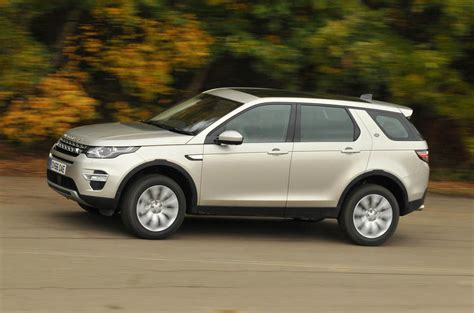 land rover discovery sport 2017 2017 land rover discovery sport hse luxury review autocar
