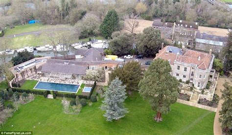 george clooney home george and amal clooney s newly renovated 163 10m marital