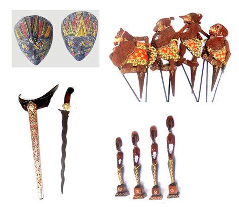 Souvenir Kipas Kayu Khas Bali souvenir khas anak bangsa sovenir jawa