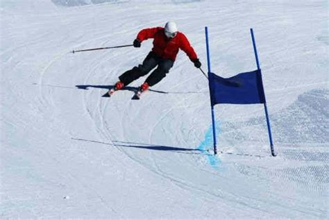 section 8 ski section 8 snowsport ski snowboard training courses