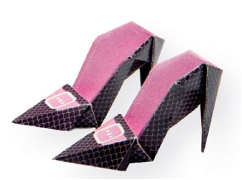 How To Make Origami Shoes - high heeled origami shoes family crafts