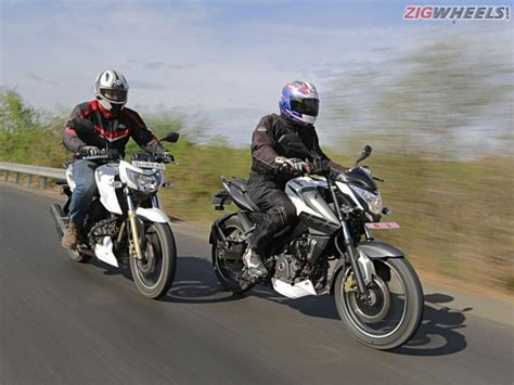 ns200 review bajaj pulsar ns200 vs tvs apache rtr 200 comparison road