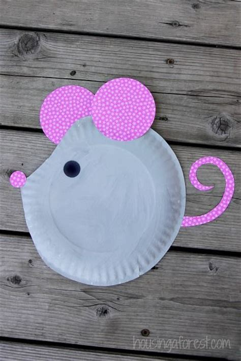Simple Paper Plate Crafts - paper plate mouse easy craft paper plate crafts