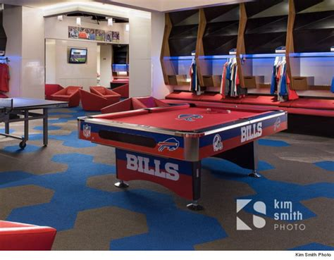Bills Locker Room by Bills Pool Table Sells At Auction For A Cool 8 000