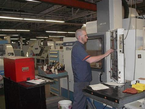what a cnc operator needs to at least modern machine shop