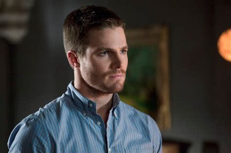 image oliver queen stephen amell 36 jpg green arrow