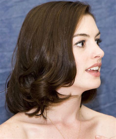 anne hathaway short hair 360 view anne hathaway medium straight formal bob hairstyle