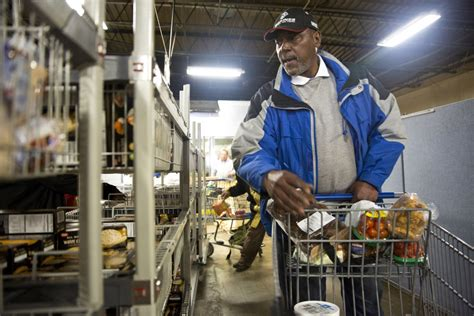 Food Pantries In Indianapolis by The World S Richest Nation One In Four Americans Turn To