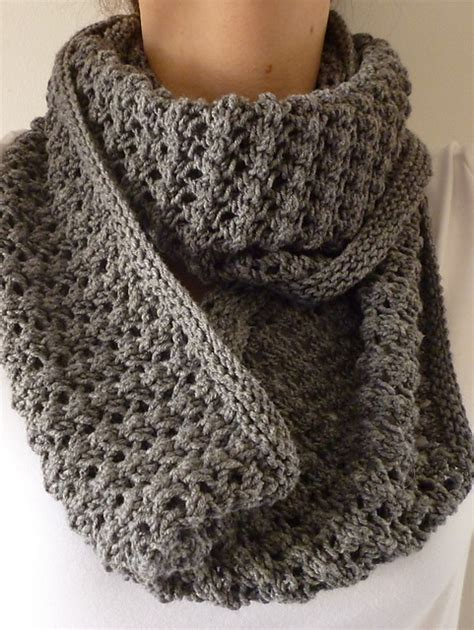 easy cowl knitting pattern ravelry easy lace cowl pattern by donna edgar cast on 222