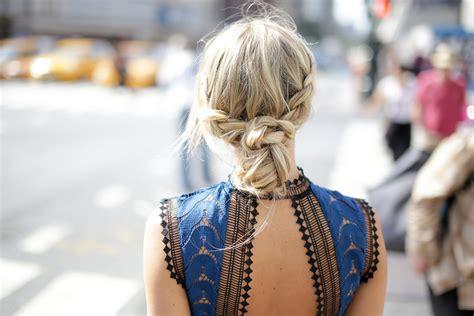 tutorial rambut jaman sekarang 12 tutorial gaya rambut yang simpel tapi chic untuk kencan