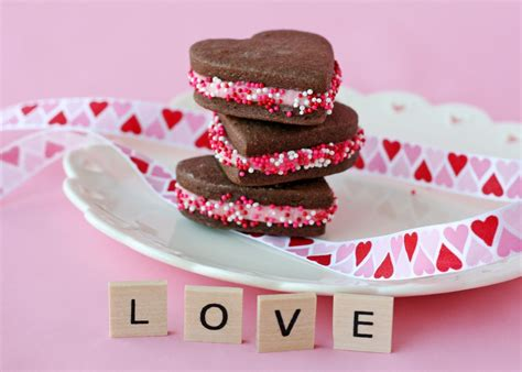 how to make valentines cookies chocolate valentine s sandwich cookies glorious treats