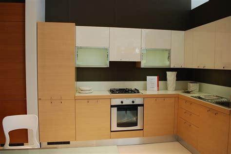 cucine moderne ad angolo prezzi cucina scavolini sax ad angolo cucine a prezzi scontati