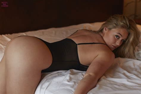 Iskra Lawrence Nudes And Ass Pics Hot Sexy Ass