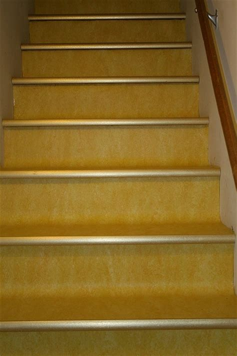 Linoleum Flooring On Stairs by Marmoleum Stairs Interieur Trappen Staircases