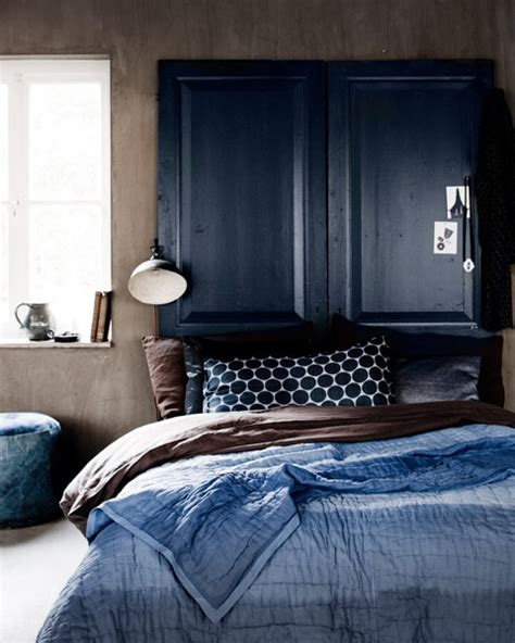 indigo blue bedroom blue and turquoise accents in bedroom designs 39 stylish