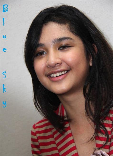 film terbaru mikha tambayong foto mikha tambayong artis cantik pendatang baru