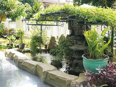 contoh desain taman belakang rumah  cantik planter  gardening pinterest planters