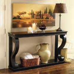 console table store decorating