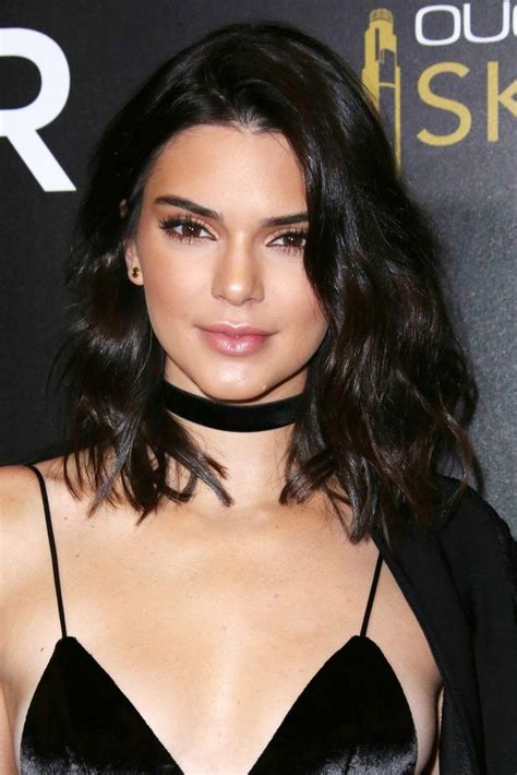 female celebrities with red pubic hair kendall jenner red 25 best ideas about kendall jenner short hair on