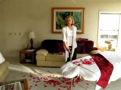 Decoration Ideas For Bedroom by How To Decorate Your Massage Table For Valentine S Day
