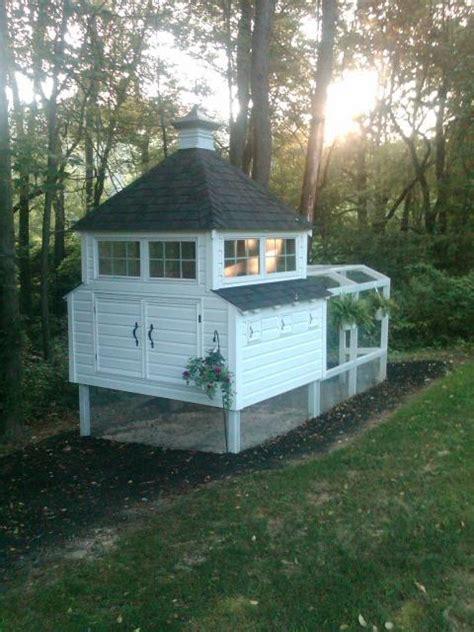 Building Backyard Chicken Coop by Diy Chicken Coops Ut Market Garden Project